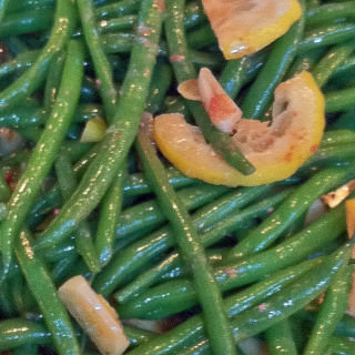 Green Beans Genova-Style: Test Kitchen Tuesday