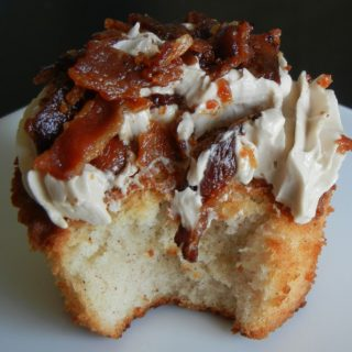 french-toast-and-bacon-cupcakes-1024x924