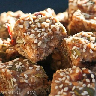 Fruit & Nut Granola Bites