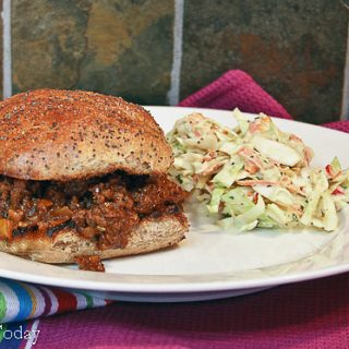 Pioneer Woman's Sloppy Joes and Caramelized Onion Sprouted Wheat Buns Recipe