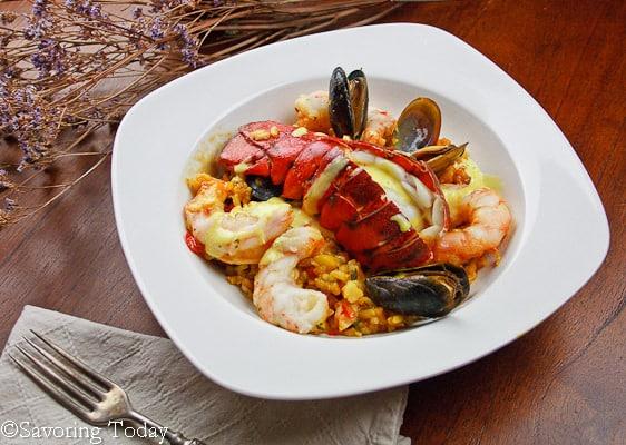Seafood Paella w Saffron Aioli - served (1 of 1)